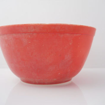 Pyrex Nesting Primary Colors Red 1 1/2 Quart Mixing Bowl