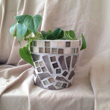 Flower pot, handmade mosaic, outdoor patio, garden, indoor planters, terra cotta planters, housewarming gifts