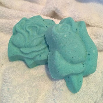 Blue Rose Bath Bomb