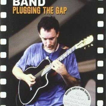 DAVE MATTHEWS BAND: PLUGGING THE