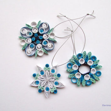 Quilling Christmas Home Decoration Set of 3 Quilled White and Blue Nuanced Snowflakes