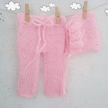 Pink Baby Knit pants and Hat Set / Newborn Photo Prop / Newborn pants / Knitted baby outfit