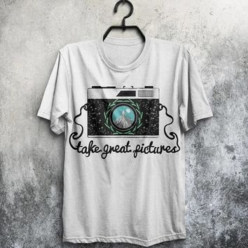 Retro Photo Camera T-shirt Men Tshirt Typography
