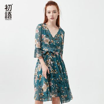 Toyouth Summer Dress 2018 Flower Print Women Beach Dress Sexy V neck Flare Sleeve Casual Chiffon Boho Floral Dress With Belt