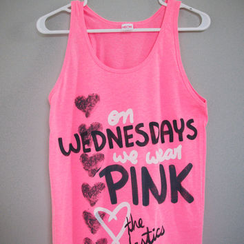 Mean Girls  On Wednesdays We Wear Pink Tank Top XSXL by lovejonny