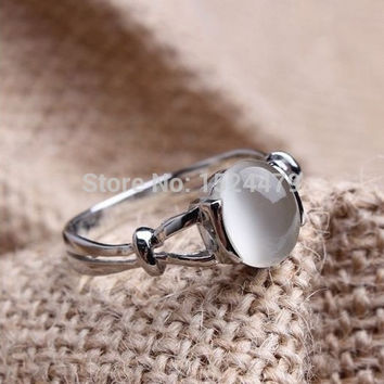 6 Free Shipping Film Jewelry Tiwilight Bellas Wedding Ring Moonstone Tigers eye 18KT White Gold Plated Engagement Ring Cosplay