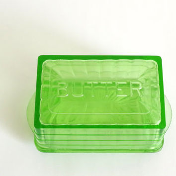 vintage butter dish // green glass butter dish // covered butter dish // large butter dish with lid // vintage kitchen decor / butter holder