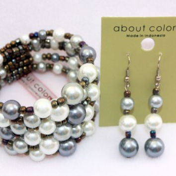 About Color Pearl Bead Cuff Bracelet and Earrings (Gray White Mix)