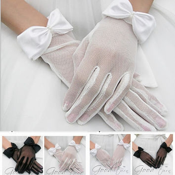 Elegant White/black Bridal Gloves Bowknot Imitation Pearl Short Bridal Gloves Full Long Finger Wedding Dresses Gloves Accessories ZXX = 1958047940