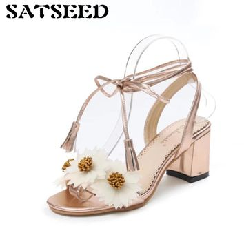 2018 New Summer Women Sandals Sweet Flowers Small Daisy Sandals Tassels High Heels Peep Toe Women Shoes Champagne Slingback