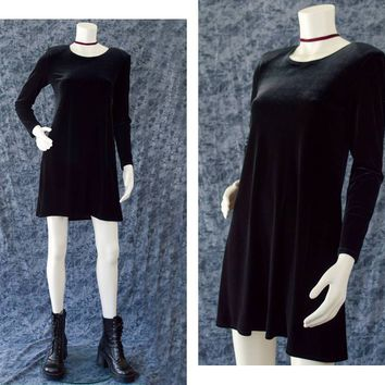 Black Velvet Dress, 90s Black Goth Long Sleeve Dress, Little Black Dress, Babydoll Party Dress, Black Witchy Dress, Women's Size 4