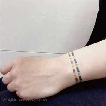 Hand encircle,temporary tattoo  - Temporary Tattoo T293