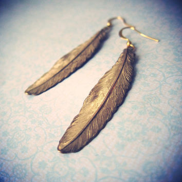 Light As A Feather feather earrings by kellyssima on Etsy