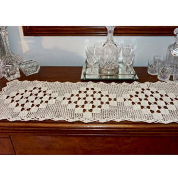 Vintage Dresser Scarf,Ecru Crocheted Doily,35 x 13 Table Runner,Vintage Wedding Decor,Rectangular Doily,Crocheted Centerpiece,Crochet Linens
