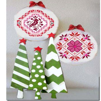 Quaker Christmas Ornaments - 2 patterns one low price crafting  - pdf chart pattern -  -INSTANT DOWNLOAD