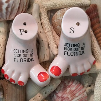 Vintage Ceramic Florida Bare Feet Souvenir Salt and Pepper Shakers 1960s