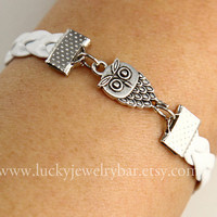 Bracelet--owls bracelet, white braid leather bracelet, antique silver owl bracelet, owl braid bracelet
