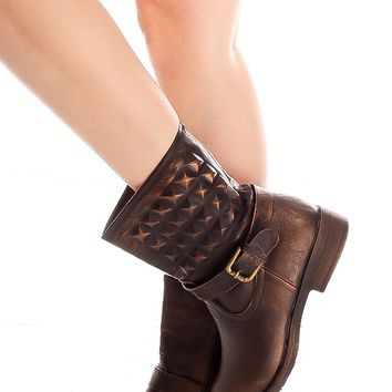 BROWN SQUARE ACCENTS SIDE ZIPPER BUCKLE LOOK BOOTS