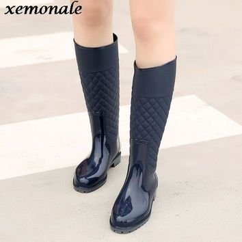 Xemonale Rain Boots Rubber Platform Shoes Woman 2016 Knee-High Women Boots Casual Creepers Slip On Flats Women Shoes