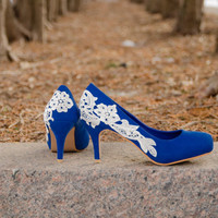 SALE - Wedding Shoes, Blue Wedding Heels, Blue Heels, Lace Heels, Low Wedding Shoes, Something blue, Heels with Ivory Lace. US size 7.5