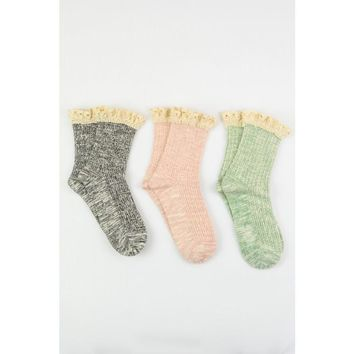 Lace Ruffle Quarter Socks in Set of 3