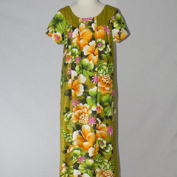 Vintage 1960's Hawaiian Dress Green Floral Print Maxi Dress MuuMuu