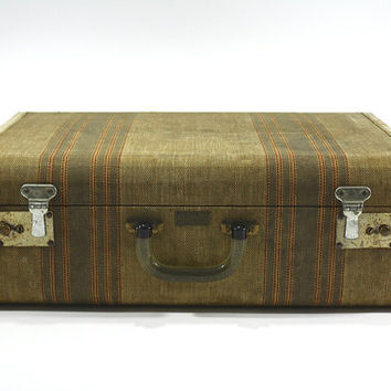 Vintage Suitcase / Old Luggage / Old Suitcase