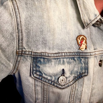 David Bowie Retro Pin, Aladdin Sane Hand Painted Wood Button or Magnet