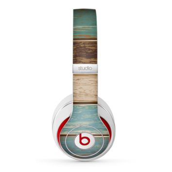 The Wooden Planks with Chipped Green and Brown Paint Skin for the Beats by Dre Studio (2013+ Version) Headphones