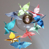 Primary color mobile, origami crane mobile, baby mobile, crane mobile, nursery decor. nursury mobile, baby mobile. So fun!