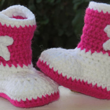 NEW  Baby Girl Cowboy Boots, Crochet Cowgirl Boots Hot Pink White,Baby Girl Booties, Newborn to 12 months Made To Order
