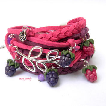 Purple fuchsia wrap bracelet - Boho bracelet - Spring jewelry - Berry jewelry