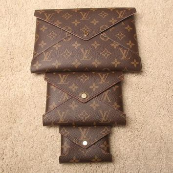 LV Fashionable Women Louis Vuitton Monogram Leather Handbag Envelope Bag Tote Three-Piece