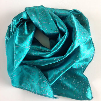 Teal Satin TRIANGLE scarf, Spring Picnic scarf,  Turquoise scarf, polka dots, Scarf for wife, Neckerchief, gift for Coworker, Sparkle