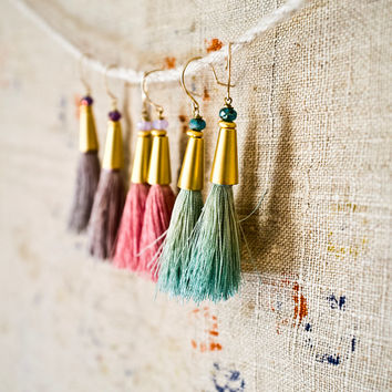TASSEL  EARRINGS - Gold and Pale Lavender - Silk Tassel Jewelry - Chic - 20s Revival - Simple and Elegant