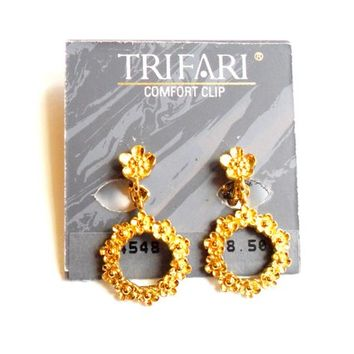 Vintage Trifari Flower Earrings - Comfort Clip On - NWT New With Tag - Gold Tone Metal - Hoop Dangle Drop - Posey Daisy Poppy - 1980s 80s