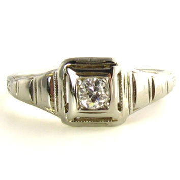 Art Deco Ring: VS2 .11 Carat Diamond in Cutwork in 18K White Gold