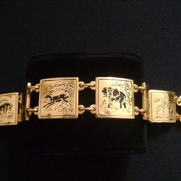 Beautiful Gold Toned Metal With Black Enameled Wild Animals Motif Animal in Zoo Lion Elephant Giraffe Deer Horse Station Panel Link Bracelet