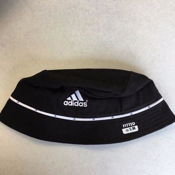DCCKIHN BRAND NEW ADIDAS WOMEN'S BLACK WITH WHITE BUCKET HAT SM/MED SHIPPING