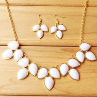 White Teardrop Bib Necklace Earring Set,Fashion Statement Girls Necklace, Necklace for 2014 Summer,Wedding Bridesmaid Jewelry Set