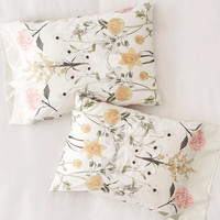 Daniella Floral Pillowcase Set | Urban Outfitters