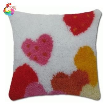 Latch Hook square hart  Throw Pillow Red Heart