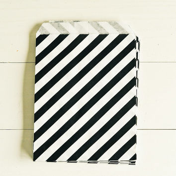 Paper Bags in Black & White Stripes - Set of 20 - 5x7 Party Favor Kraft Gift Wrapping Packaging Diagonal Classic Merchandise
