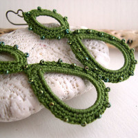 Olive green crochet earrings - dark green earrings - Long dangle earrings - Lace Fashion - Handmade - lightweight dangle earrings