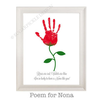 Gift for Nona, Nona's Birthday Gift, Personalized, Handprint, Kids gift to a Nona, Mothers Day gift