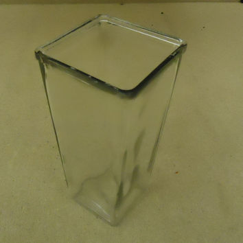 Standard Vase Modern 9in H x 4 1/2in W x 4 1/2in D Clear Square Glass -- Used
