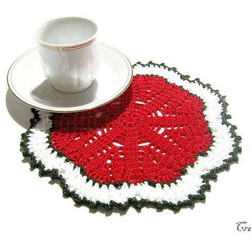 Christmas Crochet White and Red Doily, Small Doily, Coasters, Table decoration, Round Doily, Centrino piccolo Natale (Cod. 77)