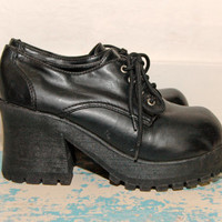 90s Lace Up Chunky Platform Loafer Oxford / Ankle Boots Womens / Black / 1990s / grunge 90s / Goth / Motorcycle Biker