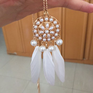 Golden Faux Pearl Embellished Feather  Pendant Necklace