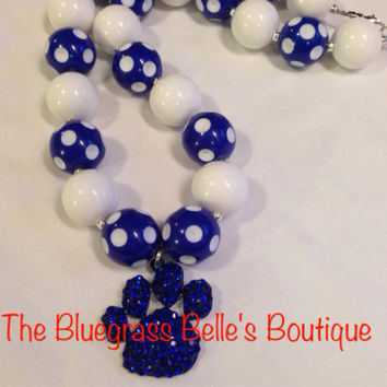 UK inspired paw print chunky bead necklace - Kentucky Wildcats inspired jewelry - custom color paw print necklace